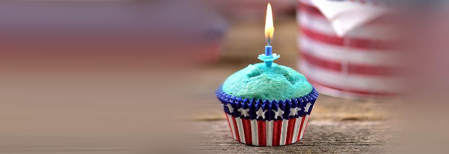 a USA-themed cupcake